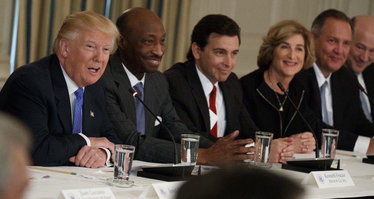 Fleeing CEOs force Trump to disband his business councils