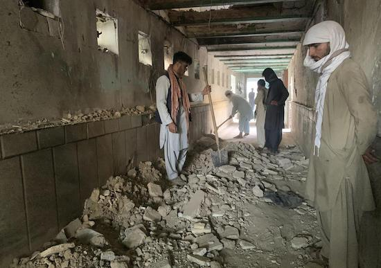 Suicide attack on Shiite mosque in Afghanistan kills 47